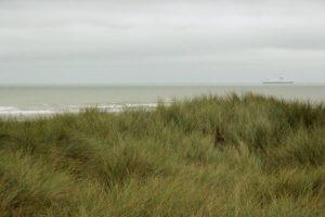 Dune blanche et plage des Ecardines.
